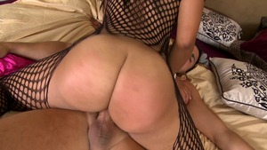 Round and Brown: Ebony Myeshia Nicole with Voodoo pussy eating