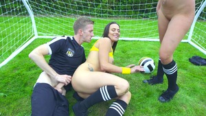 BigWetButts.com: Amirah Adara is really bald blonde