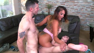 Moms In Control: Handjob with brunette Tory Lane Mike Mancini