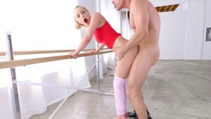 BRAZZERS Exxtra: Tattooed Staci Carr face fucking ballet