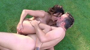 BigWetButts.com: Brown hair Ava Addams creampied outdoors