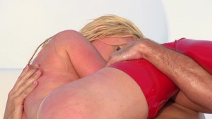 BigWetButts.com - Nikki Benz in gonzo oil face fucking