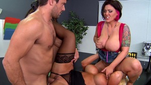 DoctorAdventures.com: Latina Claire Dames is so bald mature