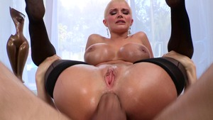 Big Wet Butts - Joslyn James among Erik Everhard outdoors