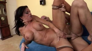 She's Gonna Squirt - Muscle Veronica Avluv wants fingering