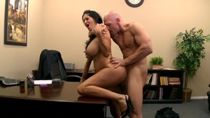 Mommy Got Boobs: Inked Ava Addams ballet during interview