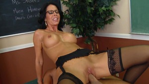 Big Tits at School: Tabitha Stevens and Keiran Lee foot fetish