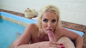 Mommy Got Boobs: Alura TNT Jenson throat fucking in bath HD