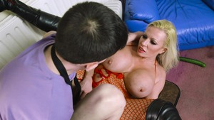 MILFs Like It Big: Michelle Thorne & Jordi 69