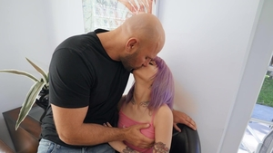 Don't Break Me: Tattooed Val Steele squirting gagging