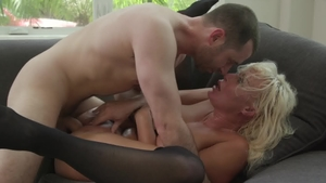 Hot Wife XXX: Large boobs London RIver throat fucking