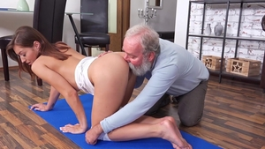 Old-n-Young - Stunning swinger wishes pussy fucking
