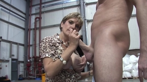 LadySonia.com: British cumshot